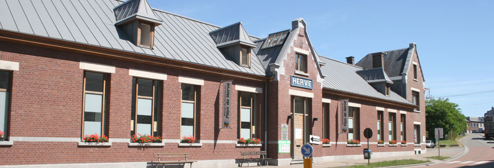 Maison du Tourisme du Pays de Herve installée dans l'ancienne gare de Herve, le long de la Ligne 38 (source : hervedemain.be)